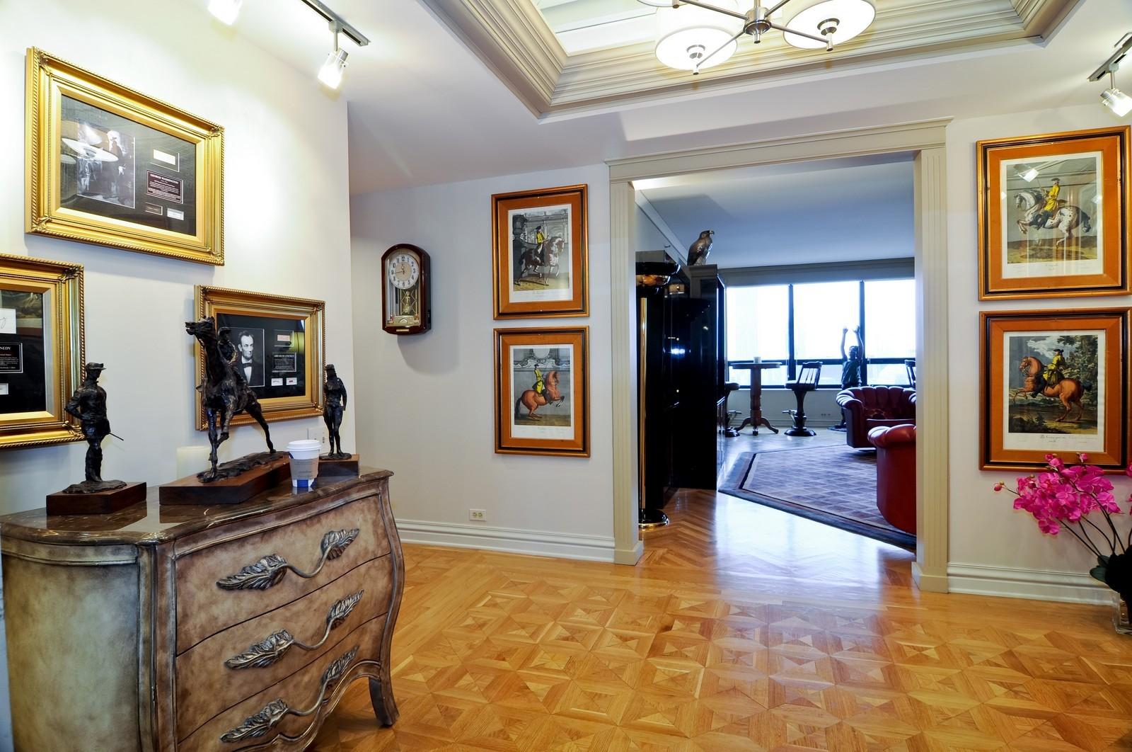 Real Estate Photography - 180 E Pearson St, 4806, Chicago, IL, 60611 - Foyer