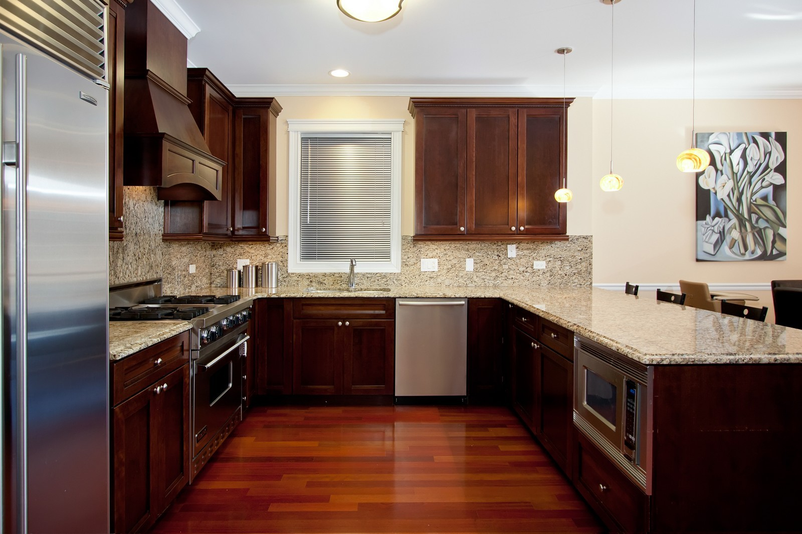 Real Estate Photography - 536 W Oakdale, 1, Chicago, IL, 60657 - Kitchen