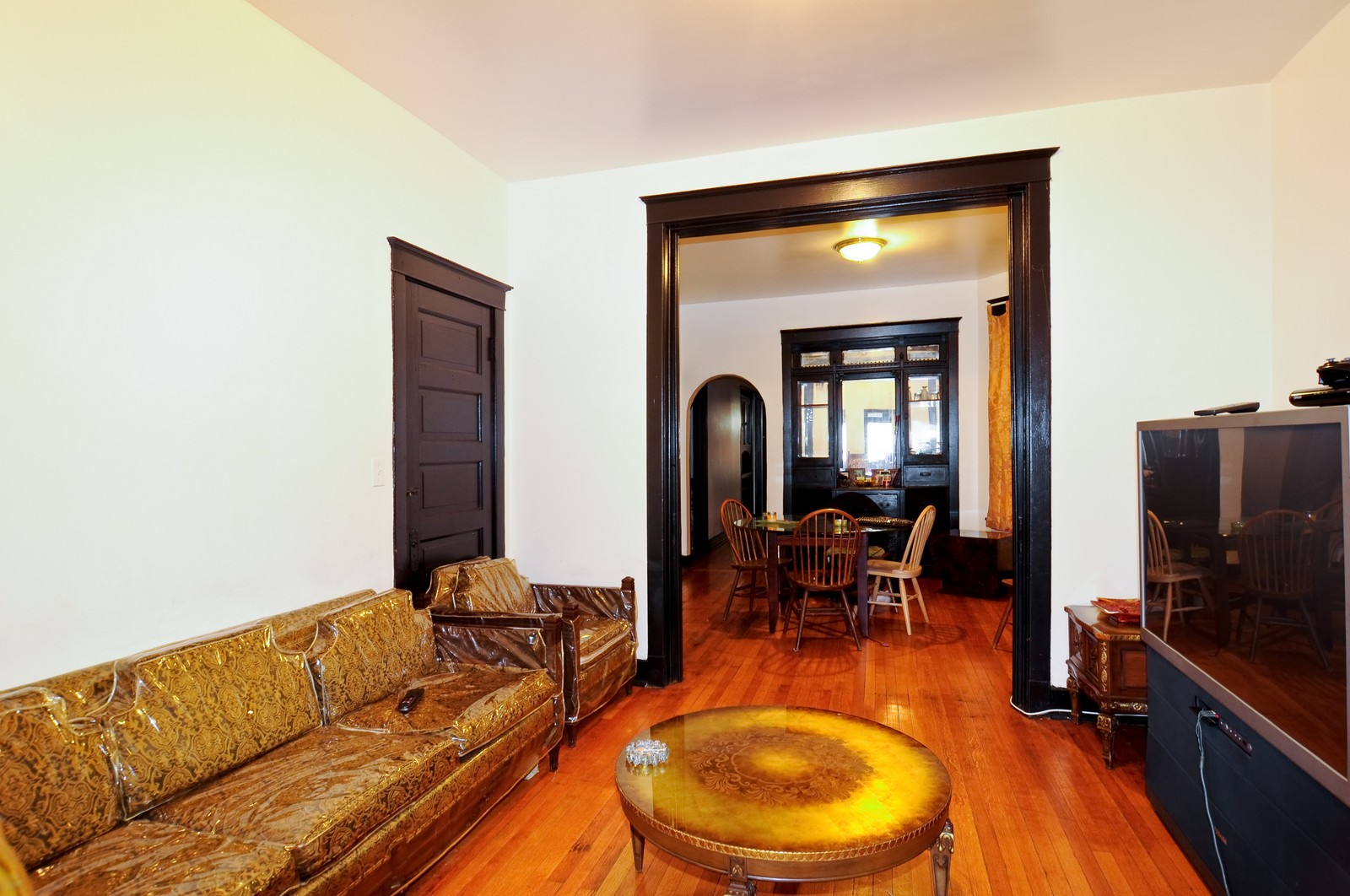 Real Estate Photography - 4419 W Jackson, Chicago, IL, 60624 - Location 1