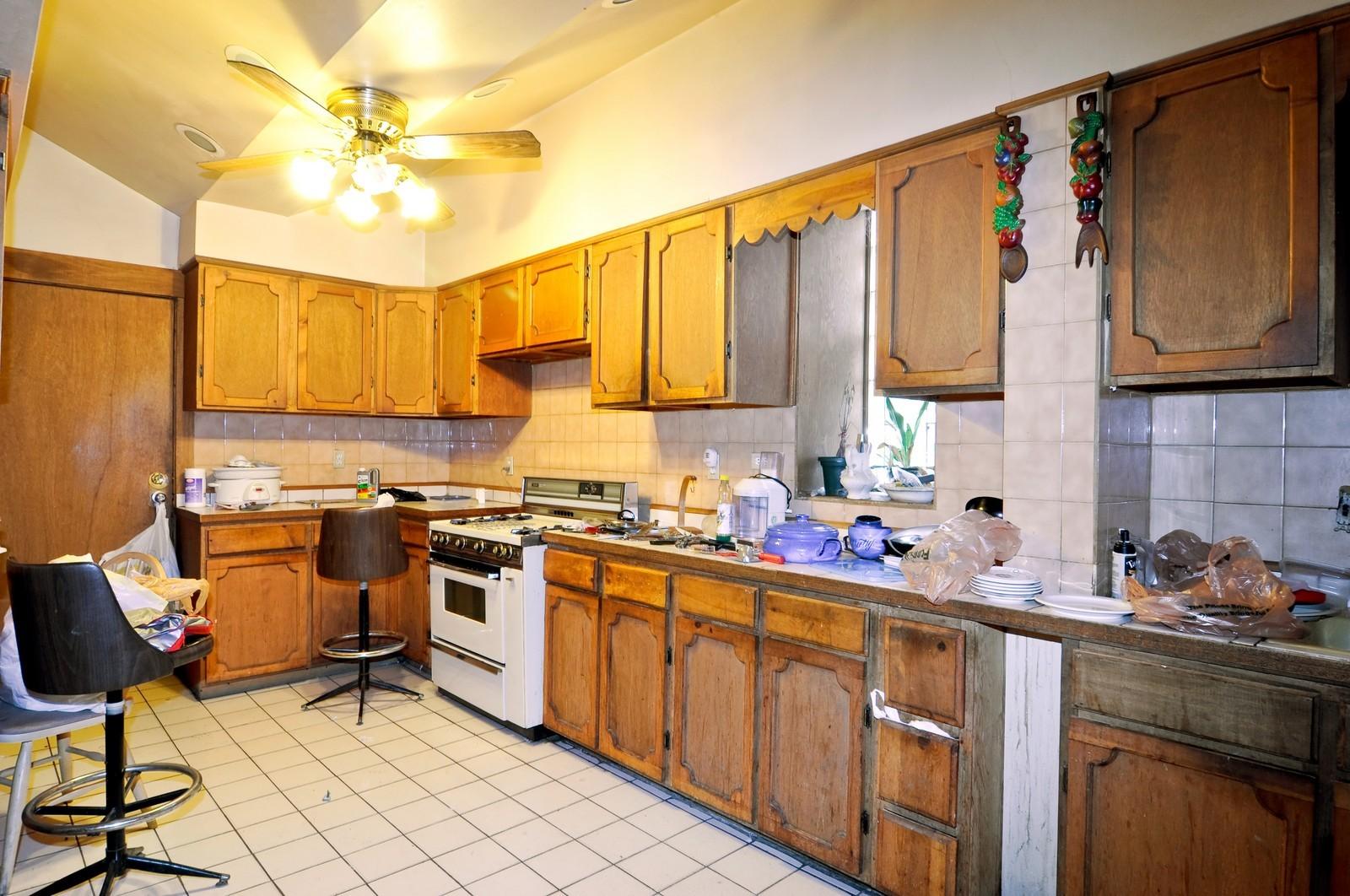 Real Estate Photography - 4419 W Jackson, Chicago, IL, 60624 - Kitchen