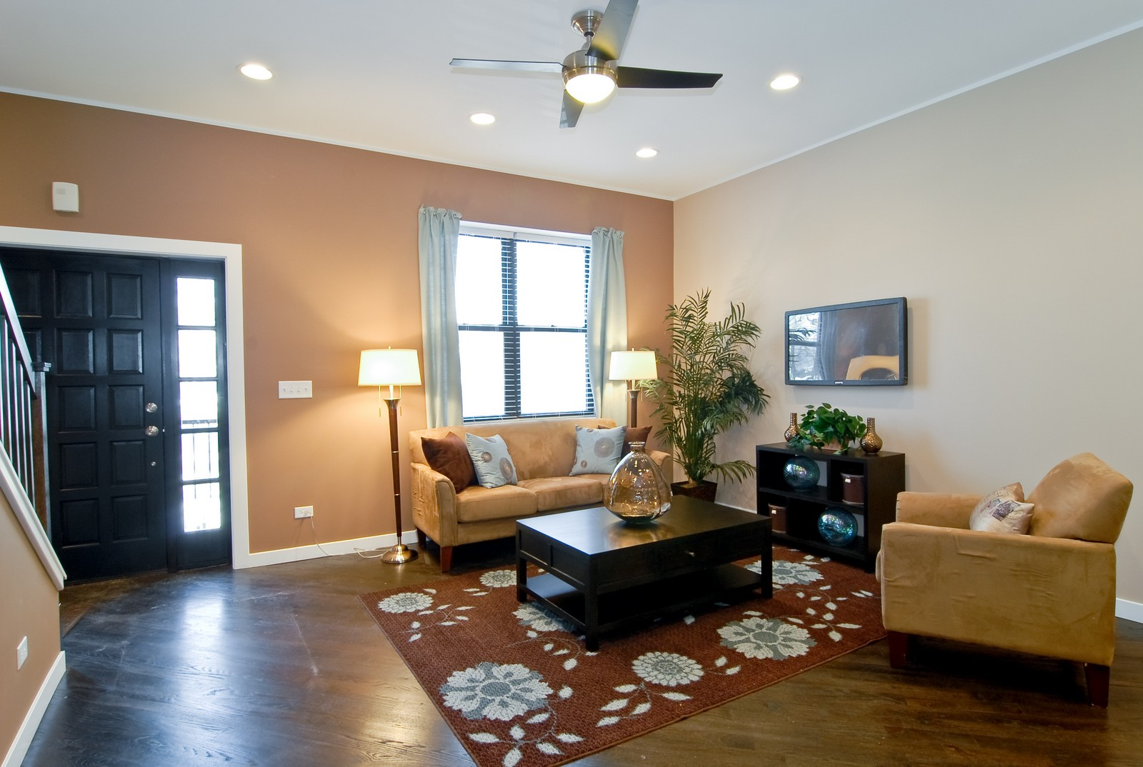 Real Estate Photography - 1738 N. Troy, Chicago, IL, 60647 - Location 1