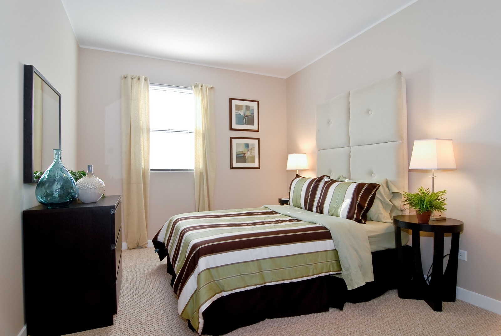 Real Estate Photography - 1738 N. Troy, Chicago, IL, 60647 - 2nd Bedroom