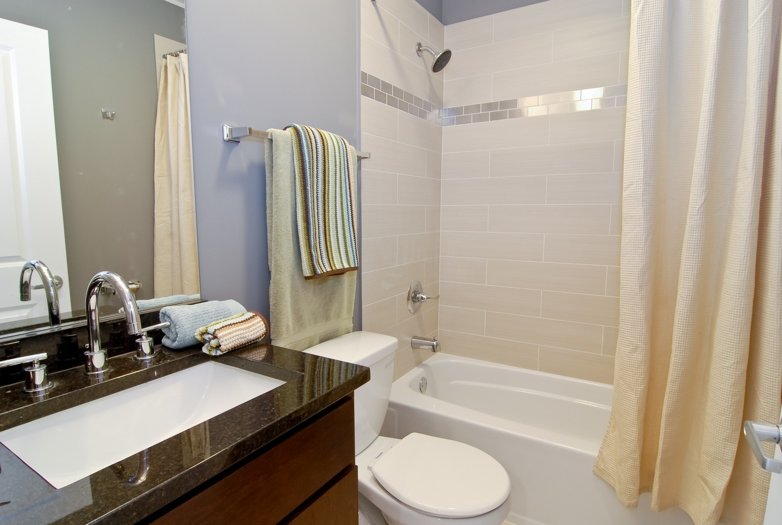 Real Estate Photography - 1738 N. Troy, Chicago, IL, 60647 - Bathroom