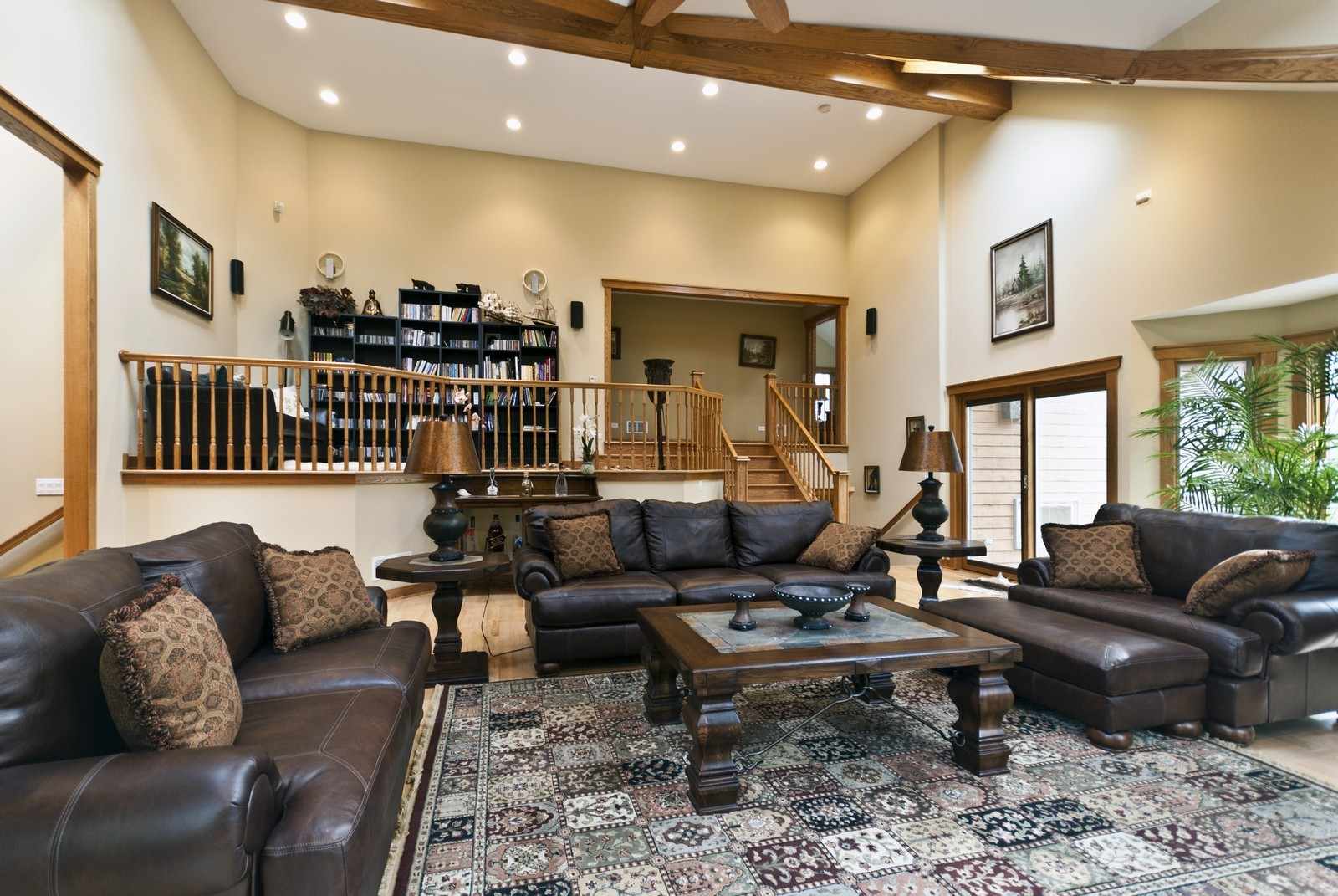 Real Estate Photography - 23410 N. Elm Rd., Lincolnshire, IL, 60069 -
