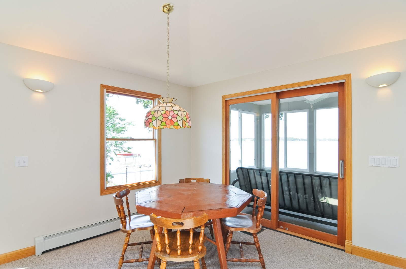 Real Estate Photography - 16 S. Pistakee Lake, Fox Lake, IL, 60020 - Great Room - Overlooking Lake