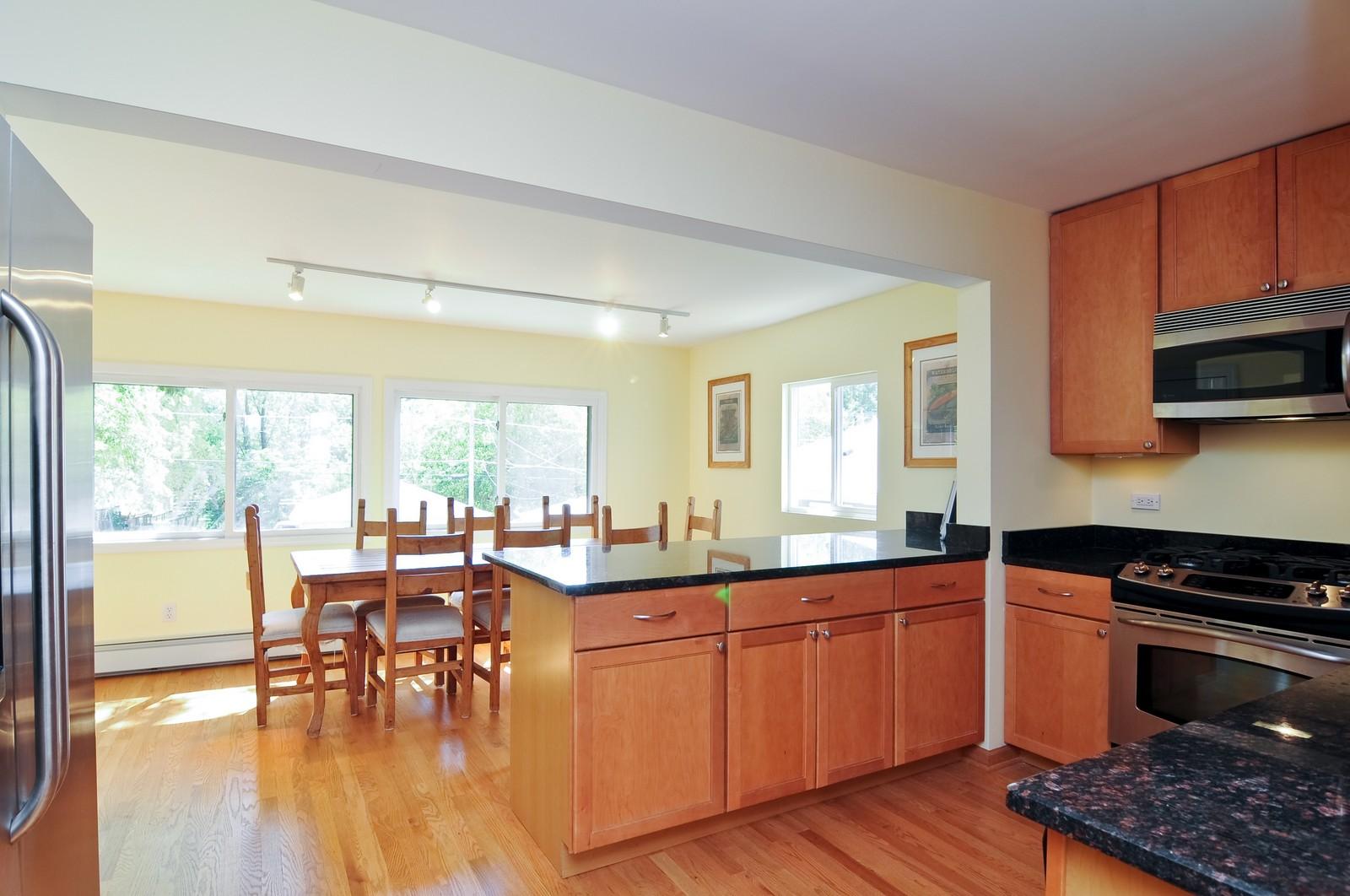 Real Estate Photography - 16 S. Pistakee Lake, Fox Lake, IL, 60020 - Kitchen