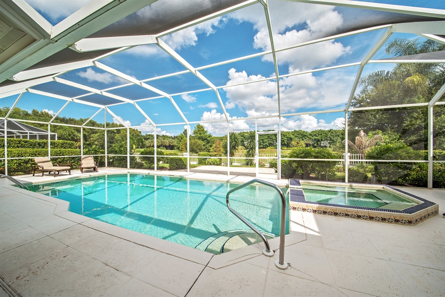 Real Estate Photography - 811 Ashburton Dr, Naples, FL, 34110 - Pool/Spa