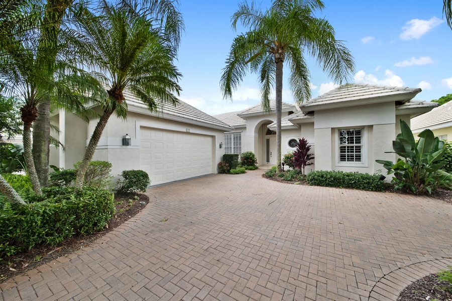 Real Estate Photography - 811 Ashburton Dr, Naples, FL, 34110 - Front View