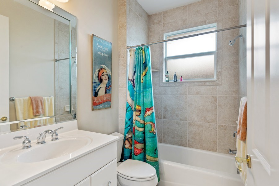Real Estate Photography - 636 102nd Ave N, Naples, FL, 34108 - 3rd Bathroom