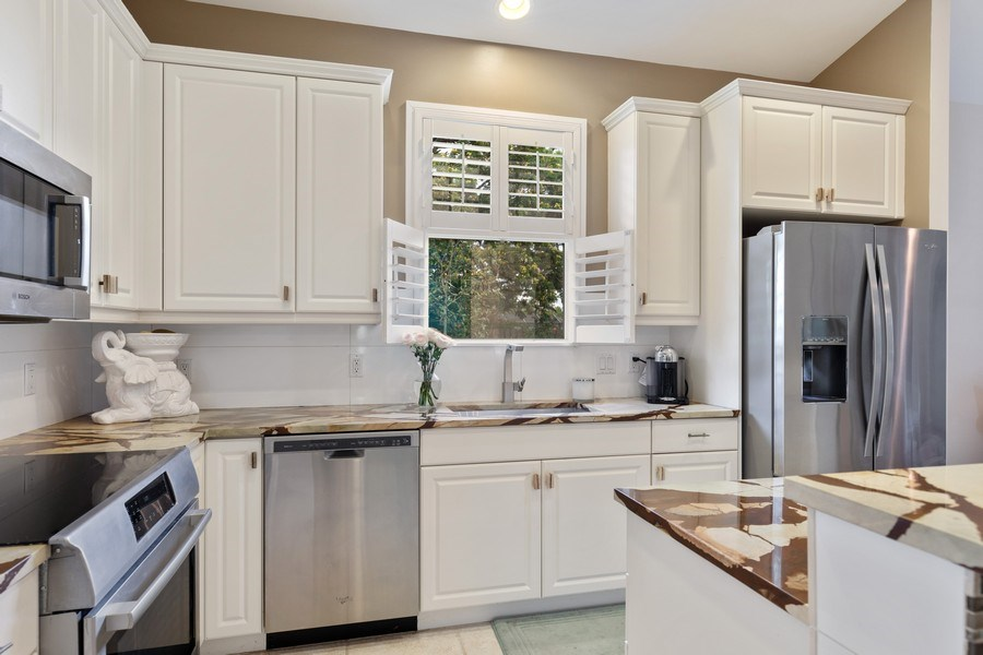 Real Estate Photography - 636 102nd Ave N, Naples, FL, 34108 - Kitchen