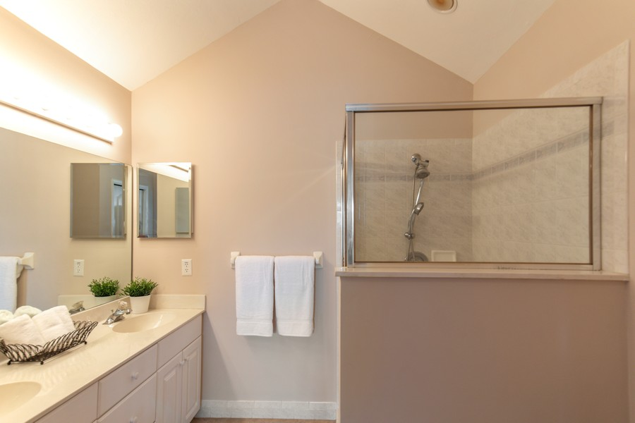 Real Estate Photography - 1603 Weybridge Circle, Naples, FL, 34110 - Master Bathroom