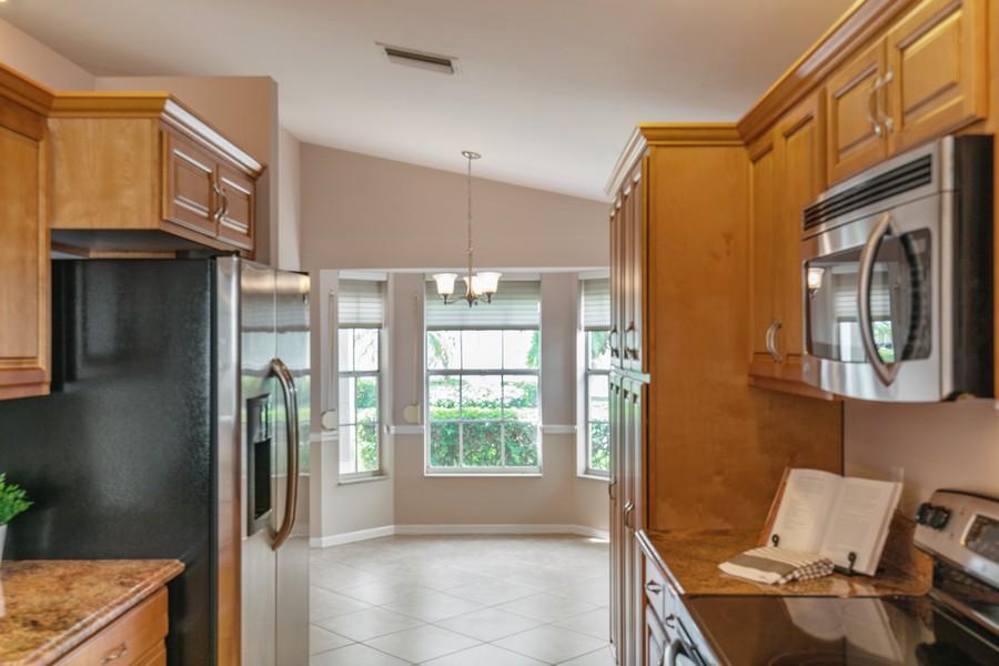 Real Estate Photography - 1603 Weybridge Circle, Naples, FL, 34110 - Kitchen