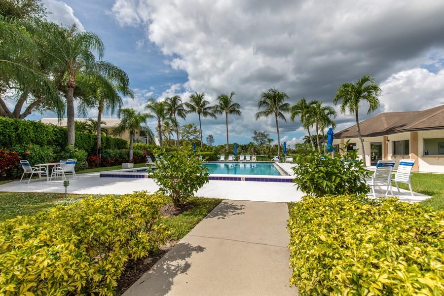 Real Estate Photography - 1603 Weybridge Circle, Naples, FL, 34110 - Pool