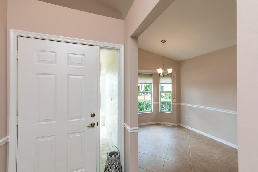 Real Estate Photography - 1603 Weybridge Circle, Naples, FL, 34110 - Foyer