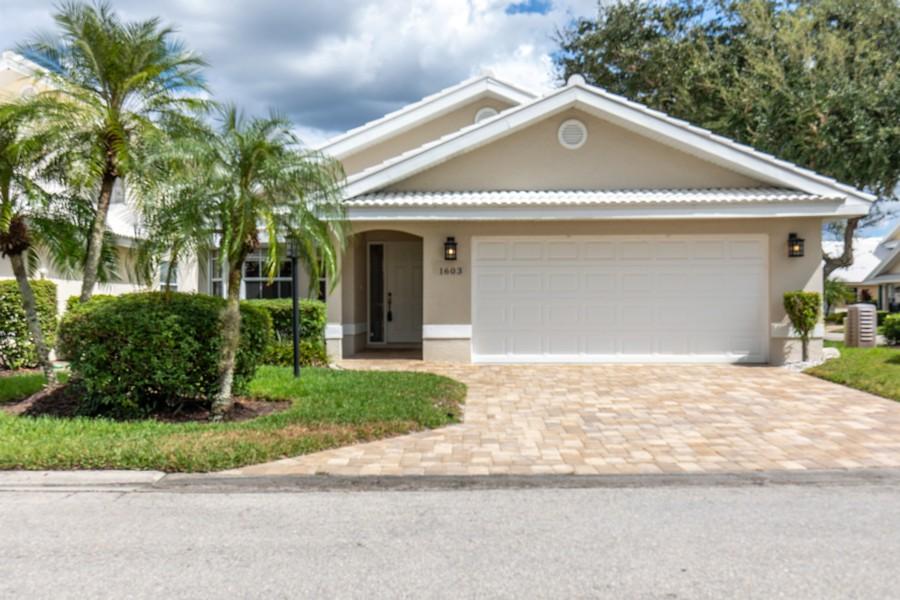 Real Estate Photography - 1603 Weybridge Circle, Naples, FL, 34110 - Front View