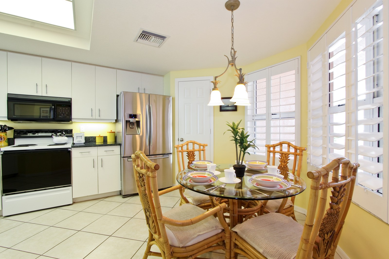 Real Estate Photography - 265 Barefoot Beach, Unit 303, Bonita Springs, FL, 34134 - Breakfast Nook