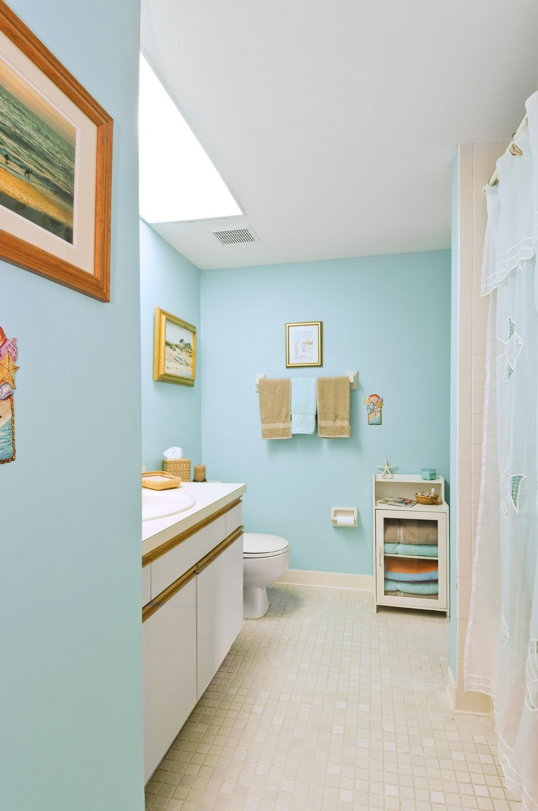 Real Estate Photography - 795 Meadowland Dr., A, Naples, FL, 34108 - 2nd Bathroom