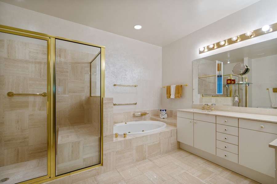 Real Estate Photography - 3750 NE 208 St, Aventura, FL, 33180 - Master Bathroom