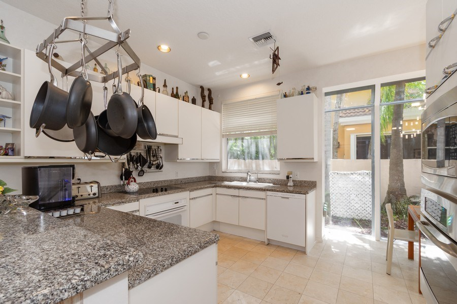 Real Estate Photography - 3750 NE 208 St, Aventura, FL, 33180 - Kitchen
