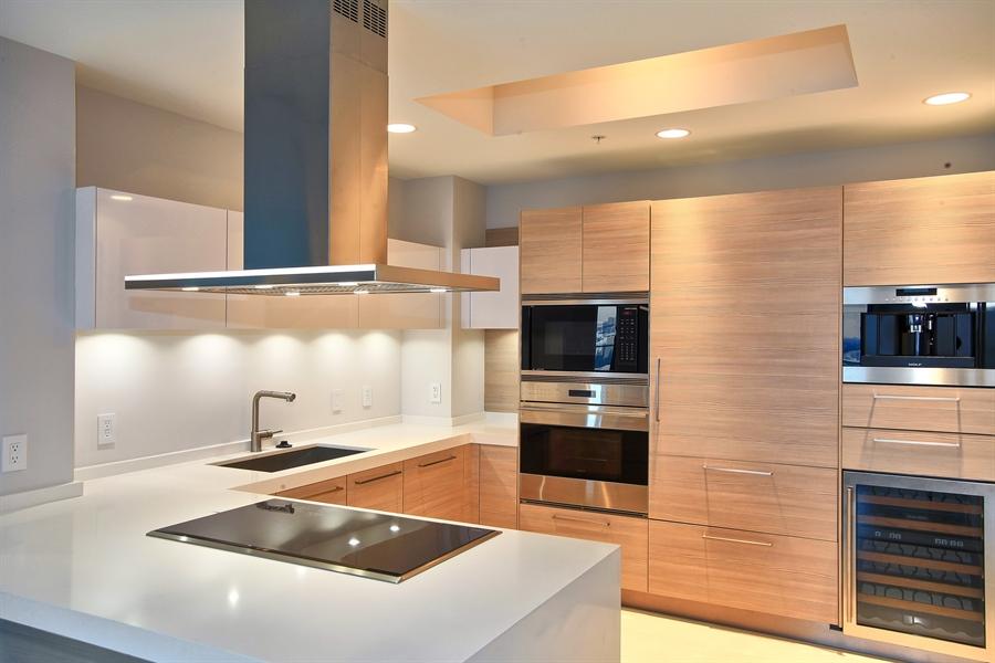 Real Estate Photography - 17301 Biscayne Blvd., LPH8, Aventura, FL, 33160 - Kitchen