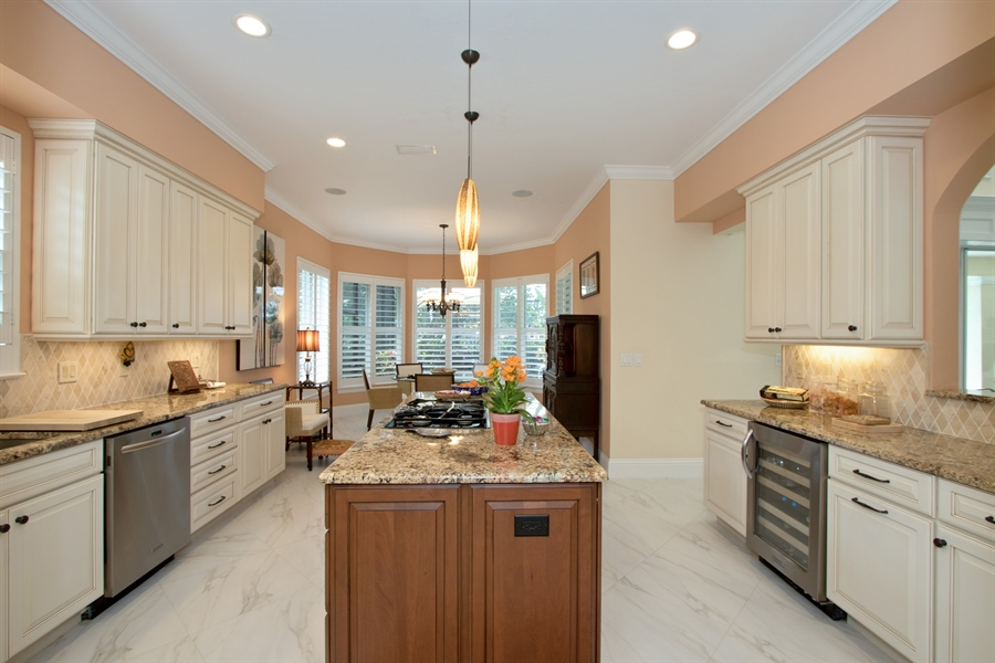 Real Estate Photography - 11361 Longwater Chase, Fort Myers, FL, 33908 - Kitchen