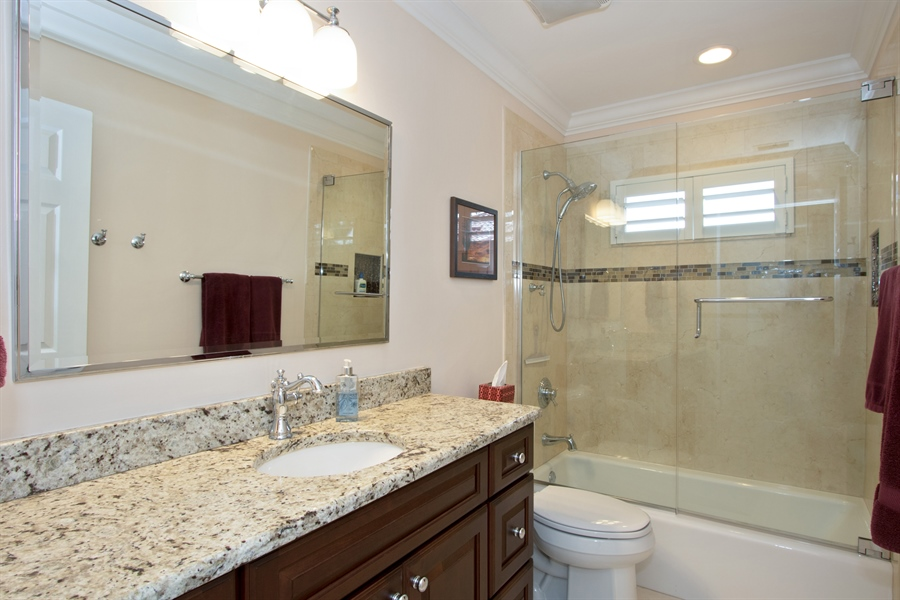 Real Estate Photography - 11361 Longwater Chase, Fort Myers, FL, 33908 - 2nd Bathroom