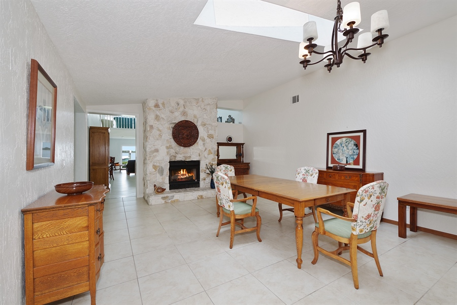 Real Estate Photography - 802 Loggerhead Island Dr., Satellite Beach, FL, 32937 - Dining Room