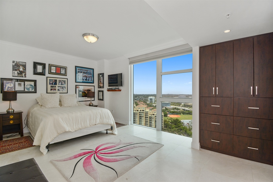Real Estate Photography - 3370 Hidden Bay Dr., UPH 2706, Aventura, FL, 33180 - Bedroom