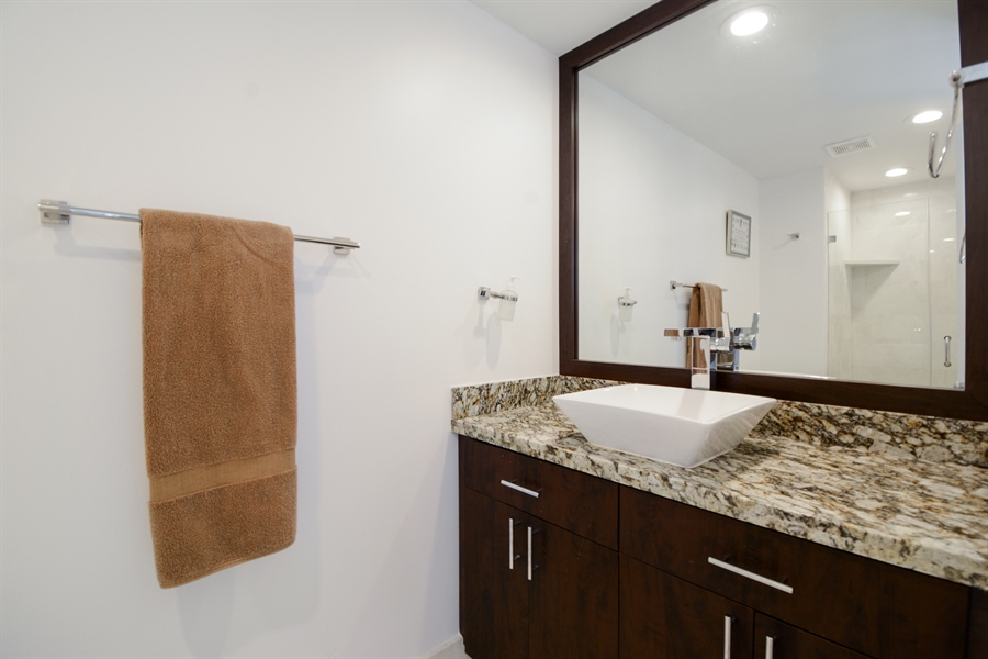 Real Estate Photography - 3370 Hidden Bay Dr., UPH 2706, Aventura, FL, 33180 - Bathroom