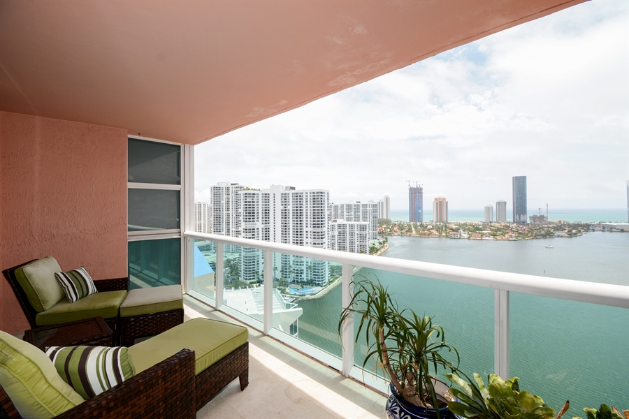 Real Estate Photography - 3370 Hidden Bay Dr., UPH 2706, Aventura, FL, 33180 - Balcony