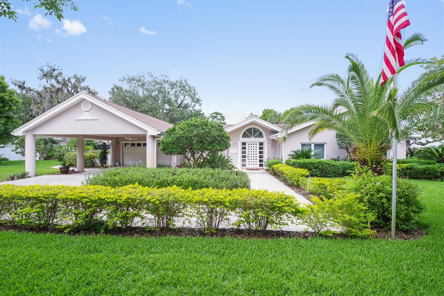 Real Estate Photography - 7001 Lake Drive, Belle Isle, FL, 32809 - Front View