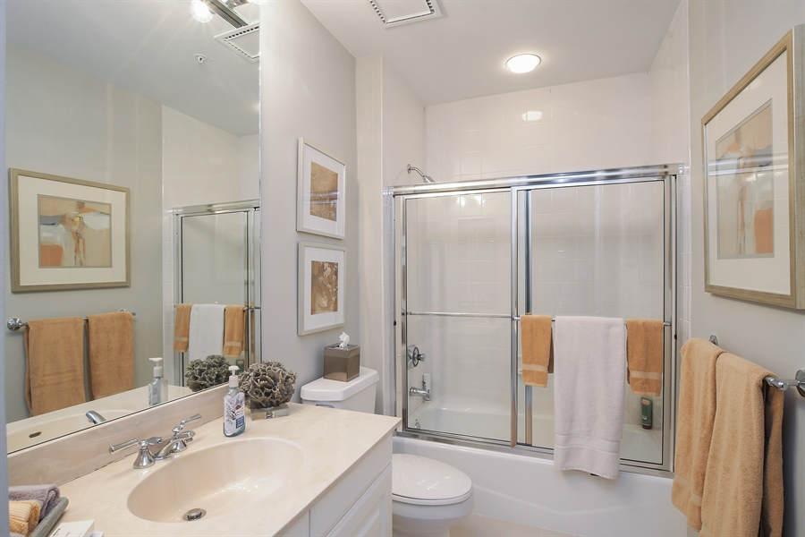 Real Estate Photography - 960 Cape Marco Dr, Unit 1504, Marco Island, FL, 34145 - Bathroom