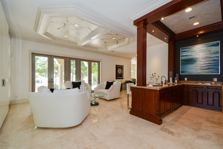 Real Estate Photography - 2584 Lucille Drive, Fort Lauderdale, FL, 33316 - Family Room with Wet Bar