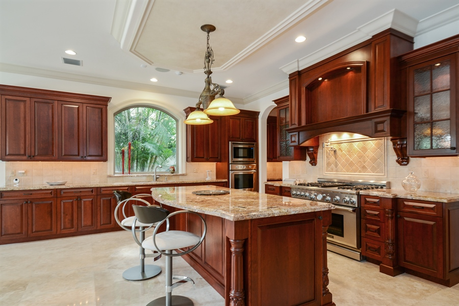 Real Estate Photography - 2584 Lucille Drive, Fort Lauderdale, FL, 33316 - Kitchen with natural gas stove