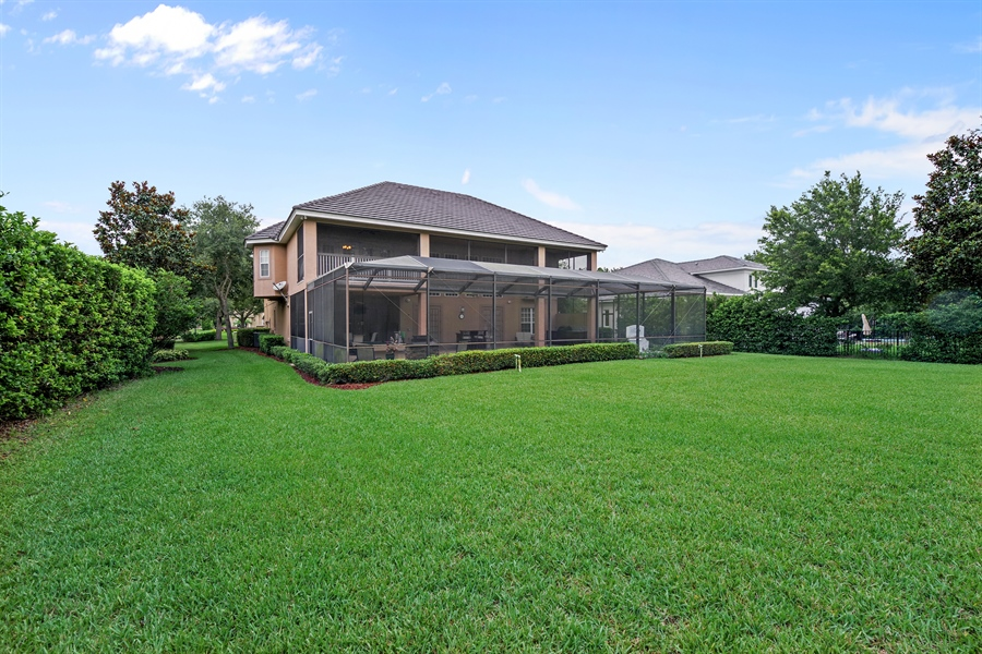 Real Estate Photography - 8211 Stone Mason Ct., Windermere, FL, 34786 - Rear View