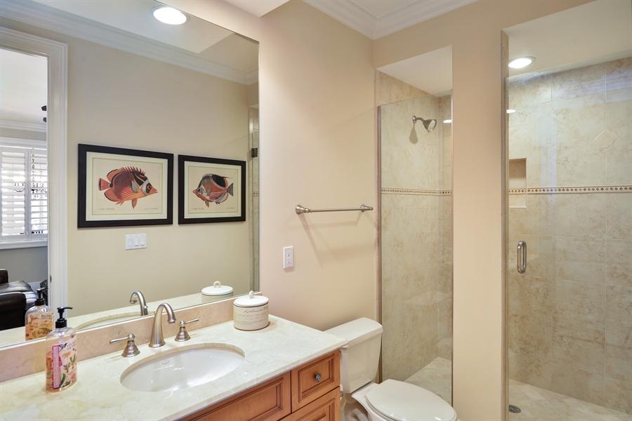 Real Estate Photography - 1508 Outrigger Landing, 1-310, Jensen Beach, FL, 34957 - 4th Bathroom
