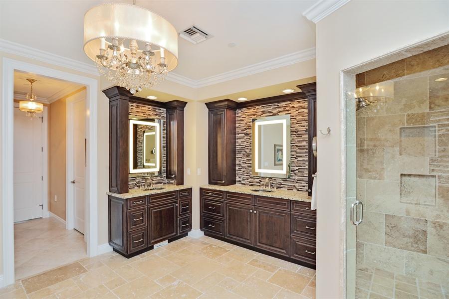 Real Estate Photography - 1508 Outrigger Landing, 1-310, Jensen Beach, FL, 34957 - Master Bathroom