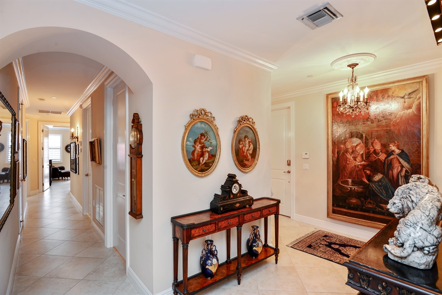 Real Estate Photography - 1508 Outrigger Landing, 1-310, Jensen Beach, FL, 34957 - Entrance
