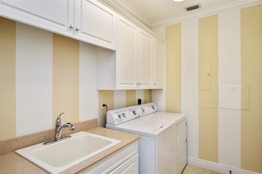 Real Estate Photography - 1508 Outrigger Landing, 1-310, Jensen Beach, FL, 34957 - Laundry Room