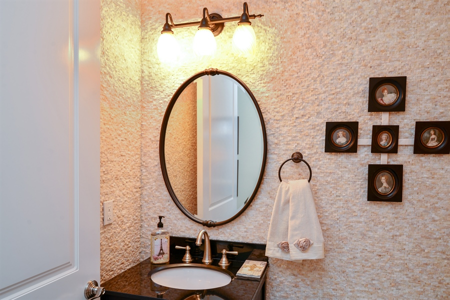 Real Estate Photography - 1508 Outrigger Landing, 1-310, Jensen Beach, FL, 34957 - 2nd Bathroom