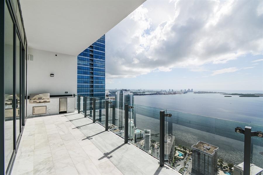 Real Estate Photography - 1451 Brickell Ave., LPH5201, Miami, FL, 33131 - Patio