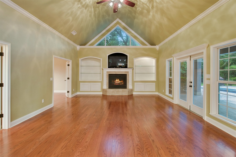 Real Estate Photography - 16776 NW 2nd Road, Newberry, FL, 32669 - Family Room
