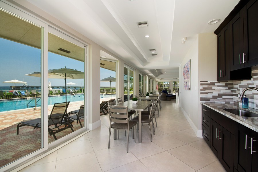 Real Estate Photography - Tiara East Condo, 333 NE 21st Ave #1822, Deerfield Beach, FL, 33441 - Clubhouse
