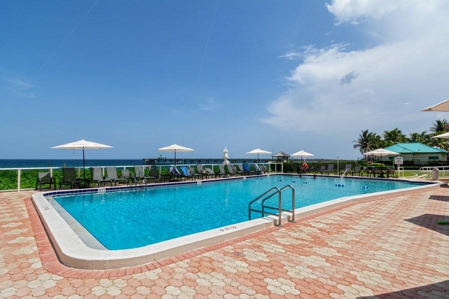 Real Estate Photography - Tiara East Condo, 333 NE 21st Ave #1822, Deerfield Beach, FL, 33441 - Pool