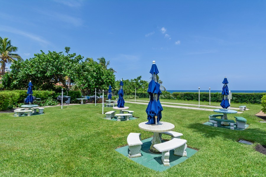 Real Estate Photography - Tiara East Condo, 333 NE 21st Ave #1822, Deerfield Beach, FL, 33441 - Barbeque / Picnic Area