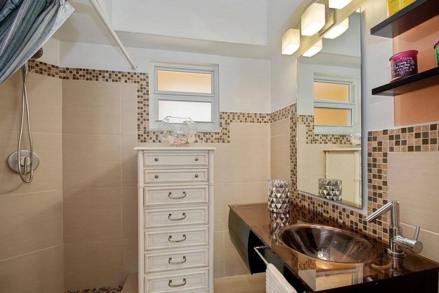 Real Estate Photography - Tiara East Condos, 333 NE 21st Ave #1802, Deerfield Beach, FL, 33441 - Bathroom