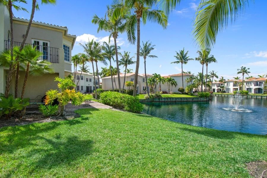 Real Estate Photography - 3235 NE 207th Terrace, Aventura, FL, 33180 - Back Yard