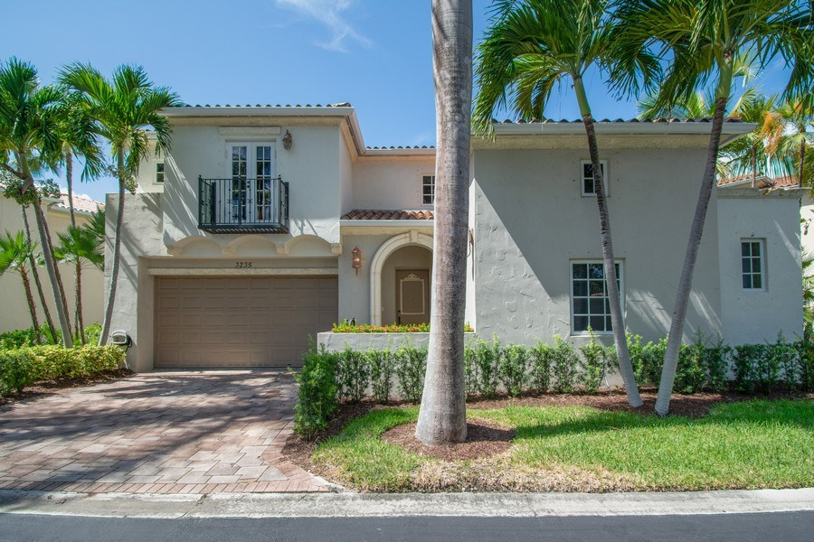 Real Estate Photography - 3235 NE 207th Terrace, Aventura, FL, 33180 - Front View