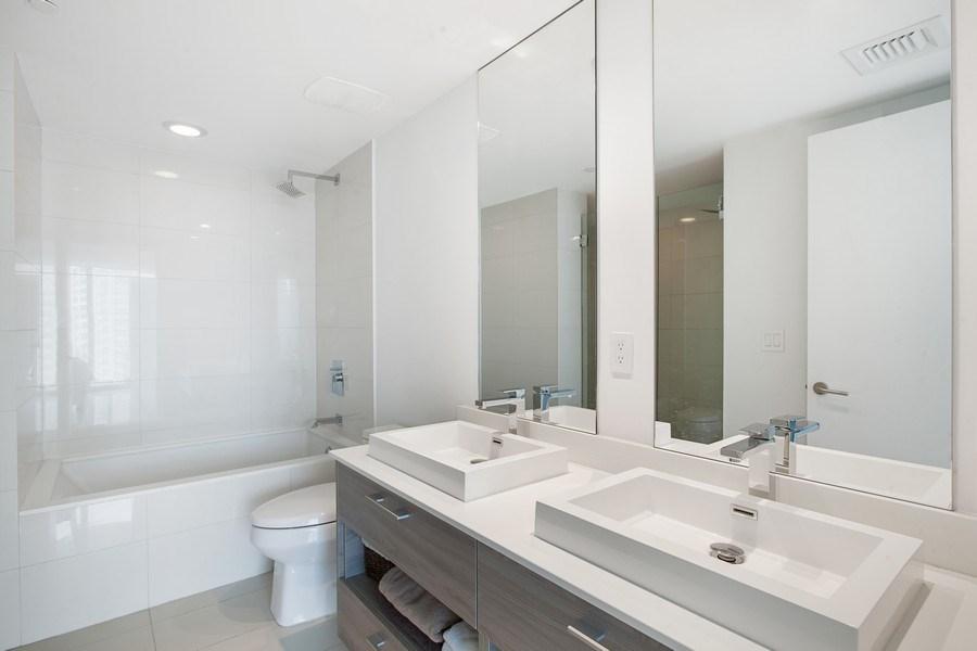 Real Estate Photography - 1300 S. Miami Ave., #2505, Miami, FL, 33130 - Master Bathroom