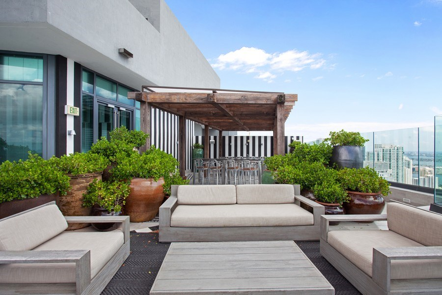 Real Estate Photography - 1300 S. Miami Ave., #2505, Miami, FL, 33130 - Roof Deck